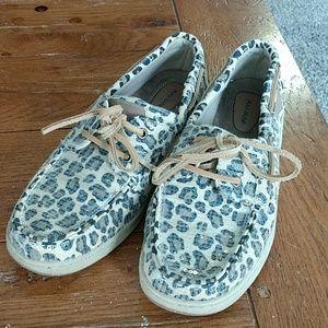 Maui island slip on leopard animal print shoes, 9M